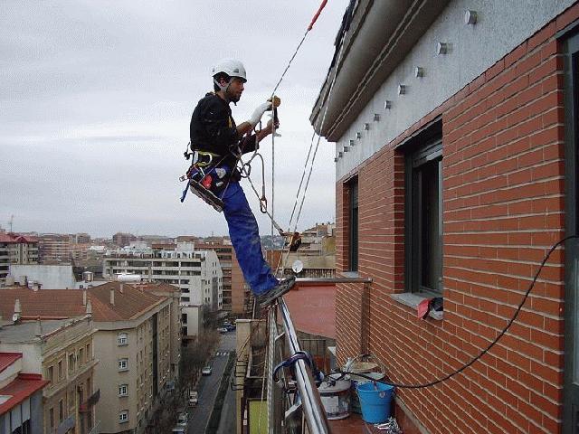 Trabajos en altura, trabajos verticales, obras sin andamios, trabajos ...